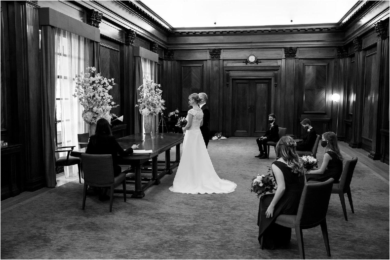 Old-Marylebone-Town-Hall-Micro-Wedding